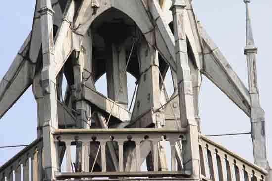 Buitenaanzicht De trans in 2004, tijdens de restauratie van de kerk in 2015 is ook dit aangepast<br><br> 0110_Urbanuskerk_Bovenkerk_5973.jpg