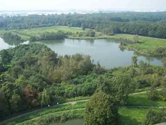 Uitzicht-Toren Poeltje Van Stijn tussen Kleine en Amstelveense poel<br><br> 2660_Uitzicht_vanaf_Urbanustoren_2414.jpg