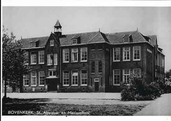 Oude-Opnames R.K. St.Aloysius en Maria school aan de<br>Legmeerdijk (vh Luwte) - 1950<br><br> 8040_Historisch_Bovenkerk_School_1950.jpg