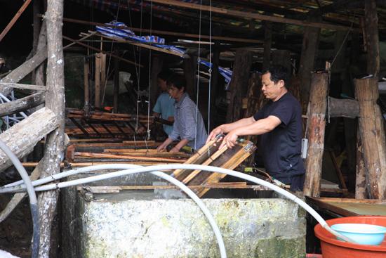 Shiqiao De papierfabriek in de grot<br><br> 0290_1358.jpg