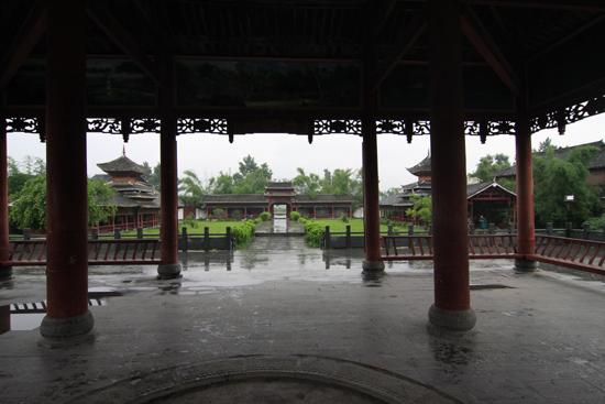 Sanboa Even schuilen voor de regen<br><br> 0850_1723.jpg