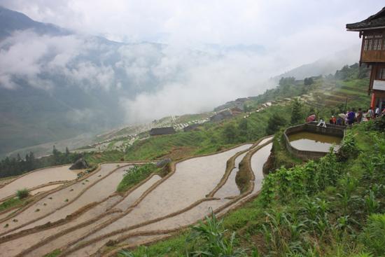 Longji Ook regenachtig weer levert fraaie plaatjes op<br><br> 1770_2368.jpg