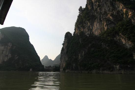 Yangshuo1 Boottocht op Li River - Yangshuo<br><br> 2040_2605.jpg