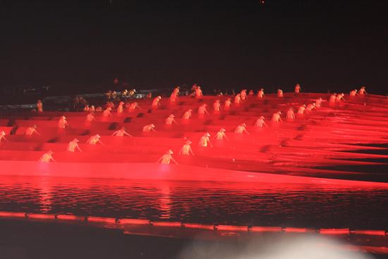 Yangshuo2 Impression Liu Sanjie show in Yangshuo op Li River<br><br> 2140_2803.jpg