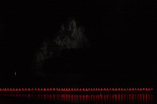 Yangshuo2 met de karstbergen en Li rivier als zeer fraai decor <br><br> 2190_2941.jpg