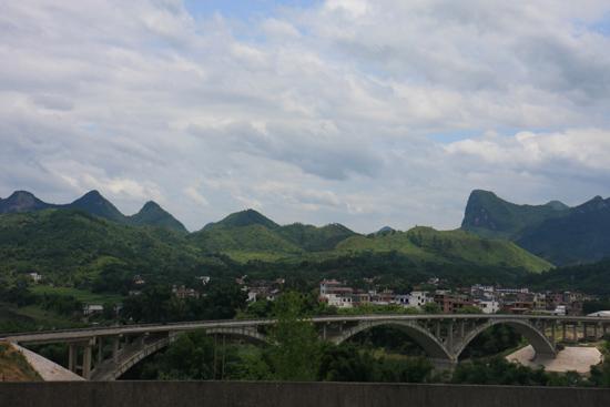 Yangshuo2 Karstbergen rondom Yangshuo<br><br> 2240_3024.jpg