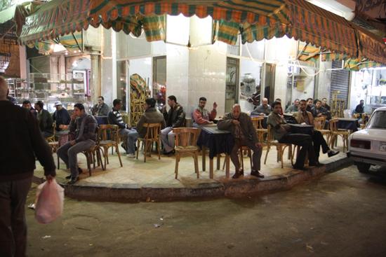 Alexandrie2 Café op de avondmarkt - Alexandria 0450-Alexandrie-markt-2025.jpg
