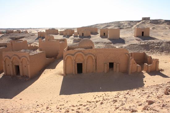 Mut Necropolis of Al-Bagawat (4th - 6th century)<br>Een van de best bewaarde christelijke begraafplaatsen van de wereld 1160-Al-Bagawat-Necropolis-3168.jpg