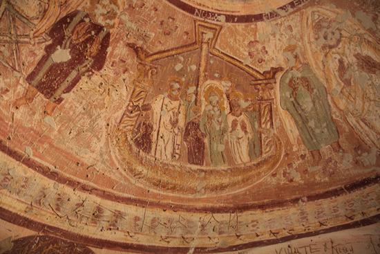 Mut Necropolis of Al-Bagawat (4th - 6th century)<br>De Ark van Noe geschilderd op het plafond 1180-Al-Bagawat-Necropolis-3166.jpg
