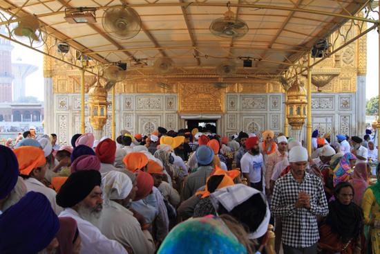 Amritsar1 Aansluiten in de rij <br><br> 0060-Amritsar-Gouden-Sikh-tempel-2425.jpg