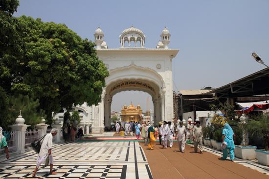 Amritsar1 <br><br> 0220-Amritsar-Gouden-Sikh-tempel-2506.jpg