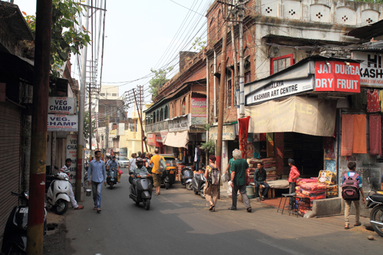 Jammu Streetlife in Centrum van Jammu<br><br> 0430-Jammu-Kashmir-2812.jpg