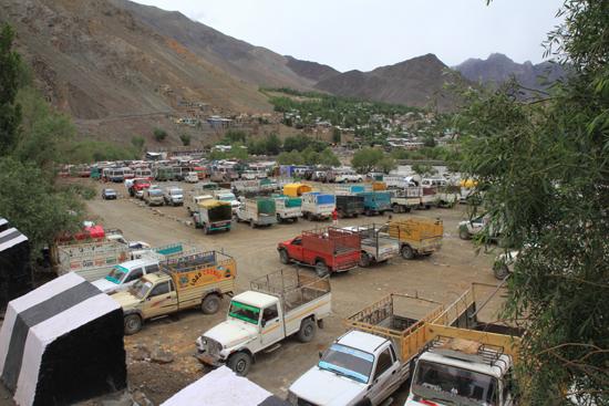 Kargil Kargil<br>Distributiecentrum langs de rivier<br><br> 1840-Kargil-Ladakh-3889.jpg