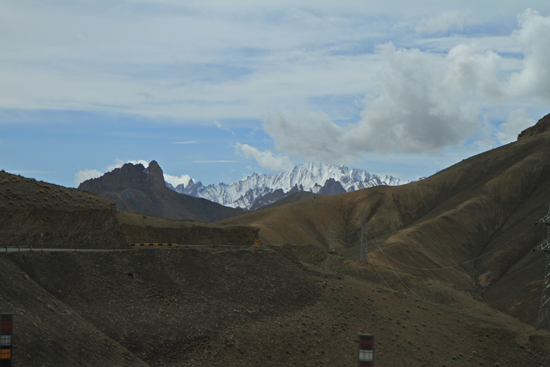 Lamayuru1 Imposant landschap<br><br> 2110-Naar-Lamayuru-Ladakh-4019.jpg