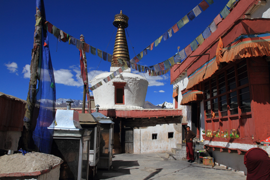Shey Gebedsvlaggen<br><br> 2890-Shey-klooster-Ladakh-4650.jpg