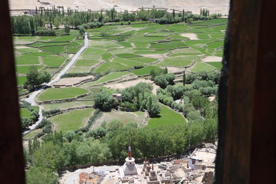 Chemday Uitzicht vanuit het Chemday klooster<br><br> 3250-Chemday-klooster-Ladakh-4802.jpg