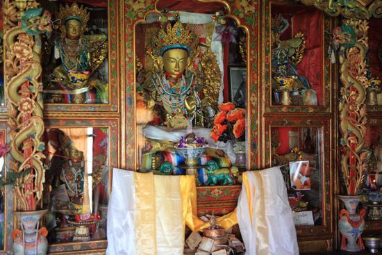 Matho <br><br> 3480-Spituk-klooster-Ladakh-4926.jpg