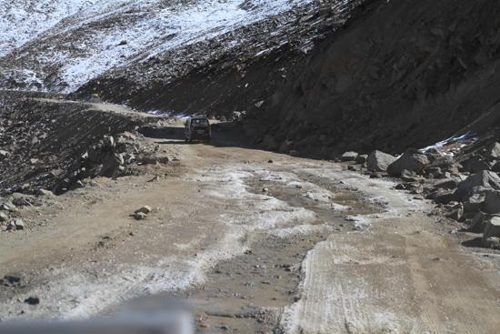 Khardung-La <br><br> 3570-Khardung-La-Pass-Ladakh-4999.jpg