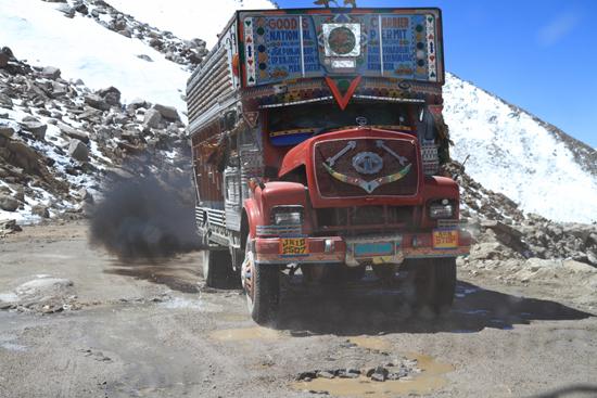 Khardung-La Misschien wat probleempjes ?<br><br> 3810-Khardung-La-Pass-Ladakh-5093.jpg