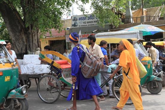 Ladakh-Delhi Old-Delhi<br>Met de motorriksja naar de Jama Majid<br><br> 3870-Delhi-streetlife-5127.jpg