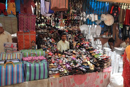 Ladakh-Delhi Shoes !<br><br> 4070-Delhi-streetlife-5195.jpg