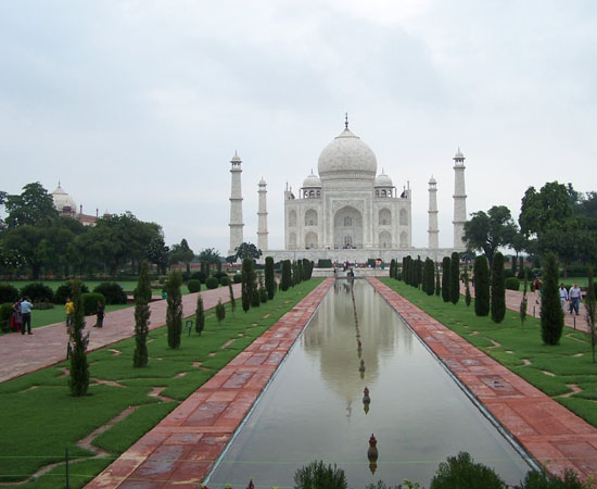 Agra Agra: Onbetwist hoogtepunt: de Taj Mahal (1631-1654) 100_3897.jpg