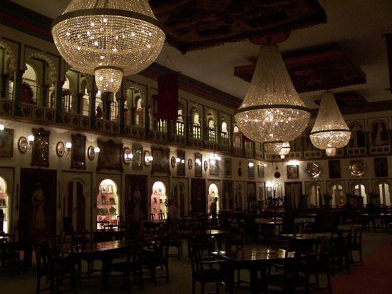 Udaipur Kristal-zaal van het City-palace Kristalzaal-City-Palace-Udaipur_3474.jpg