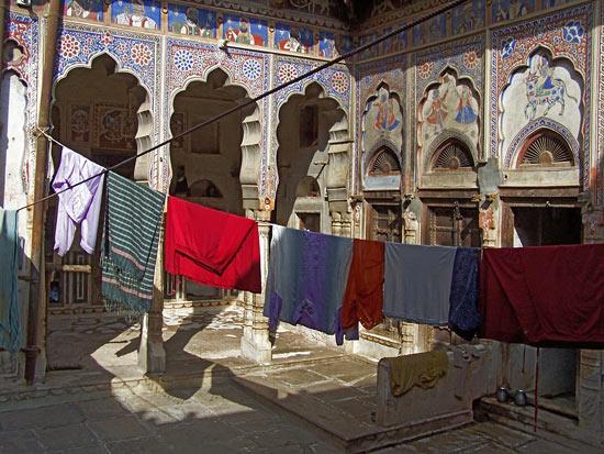 Mahansar Binnenplaats van een haveli Mahansar-Shekawati-Haveli_2759.jpg