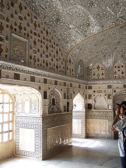 Jaipur Schitterend bewerkt plafond Plafond-mozaik-Amber-Fort-Jaipur_3639.jpg