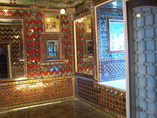 Udaipur  Udaipur-City-Palace_3387.jpg