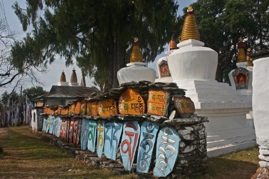 Tashiding Het kloostercomplex van Tashiding is prachtig gelegen in de bergen<br><br> 0510_3687.jpg