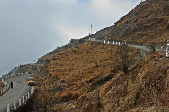 Gangtok Start van een schitterende tocht vanuit Gangtok door de bergen<br>naar het Tsomgo meer op 3.800 m, vlakbij de grens met Tibet<br><br> 0850_3898.jpg