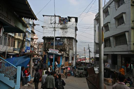 Kalimpong Het drukke en heuvelachtige centrum<br><br> 1150_4070.jpg