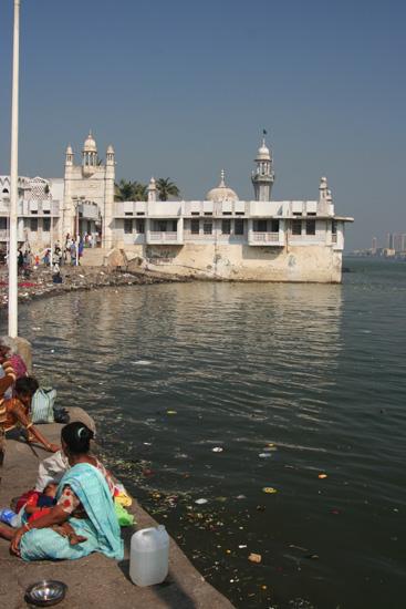 Mumbai De Haji Ali's Tomb moskee IMG_9497.jpg