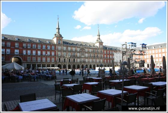 Madrid01 Plaza Mayor 0030_6190.jpg