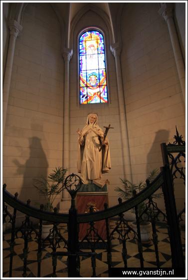 Madrid03 Catedral de Santa Maria La Real de Almudena 0340_6512.jpg