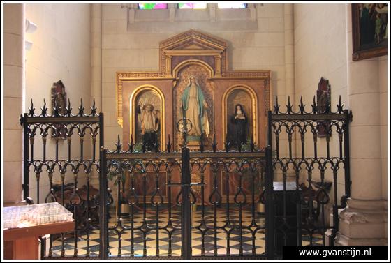 Madrid03 Catedral de Santa Maria La Real de Almudena 0360_6524.jpg