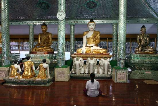Yangon1 Yangon - Shwedagon pagode   0190_4952.jpg