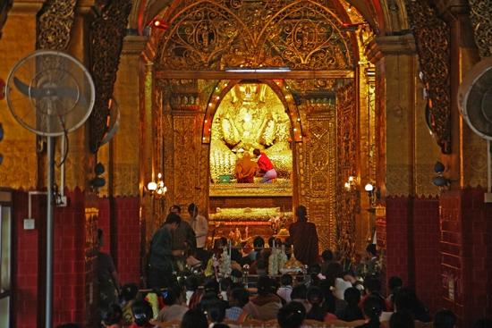 Mandalay Mandalay Mahamuni Paya (Pagode)   0530_5224.jpg