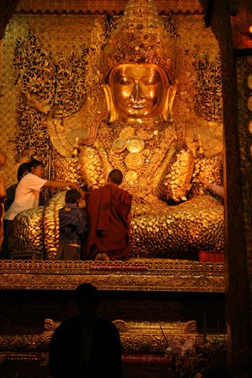 Mandalay Mandalay Mahamuni Paya (Pagode)   0540_5233.jpg