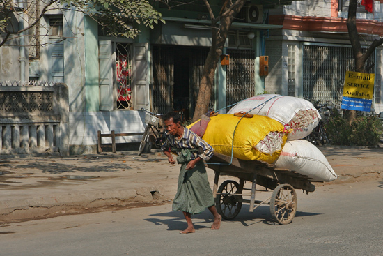 Mandalay Mandalay - Streetlife   0710_5535.jpg