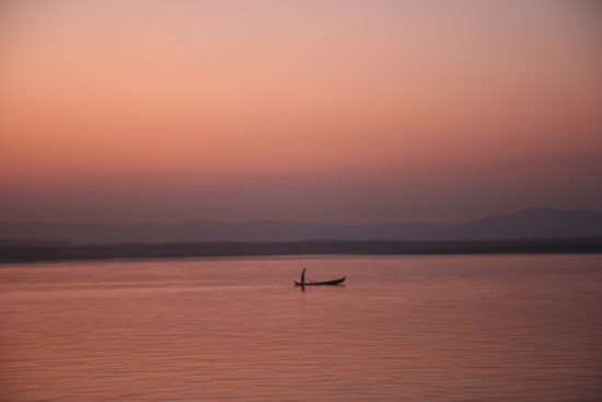 Mingun Irrawady rivier<br>Zonsondergang<br><br> 0920_5218.jpg