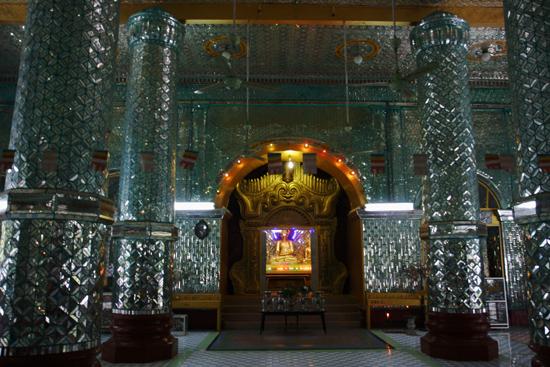 Monywa1 Sagaing Kaunghmudaw Paya (pagode) (1636)   1240_5728.jpg