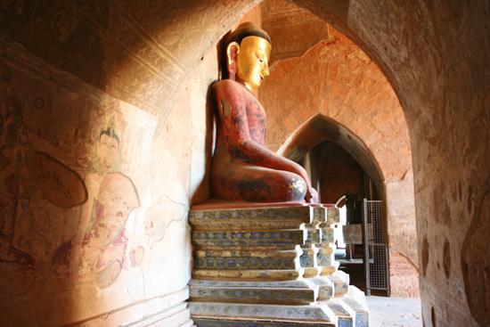 Bagan2 Bagan Honderden pagodes in prachtig landschap   2110_6223.jpg