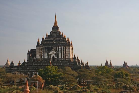 Bagan2 Bagan Honderden pagodes in prachtig landschap   2140_6245.jpg