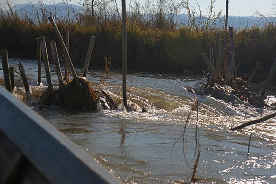 Inlemeer1 Inle lake Kleine stroomversnelling   3380_7522.jpg