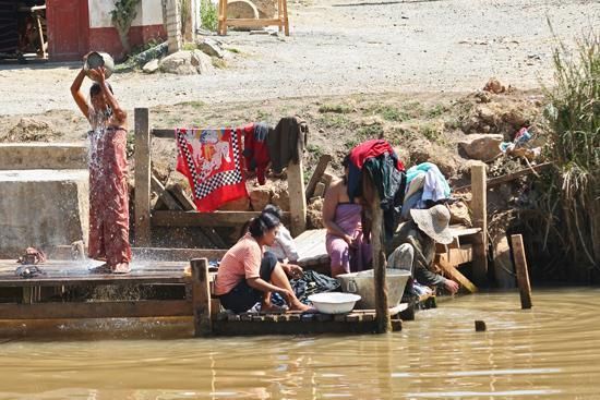 Inlemeer2 Inle meer - Nyaungshwe Streetlife    3440_7451.jpg