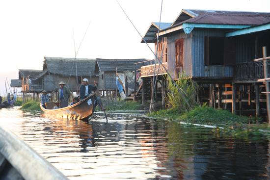 Inlemeer2 Inle meer - Maing Thauk   3760_7859.jpg