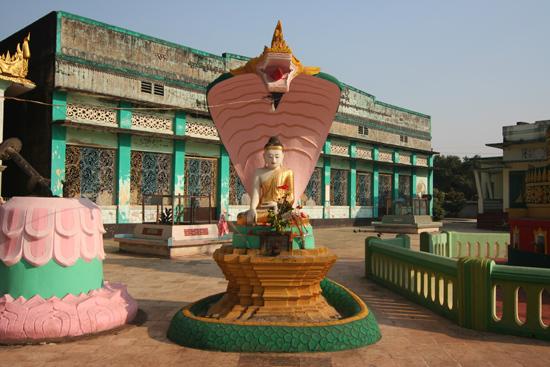 Bago Bago Shwe Madaw Paya pagode   4040_8089.jpg