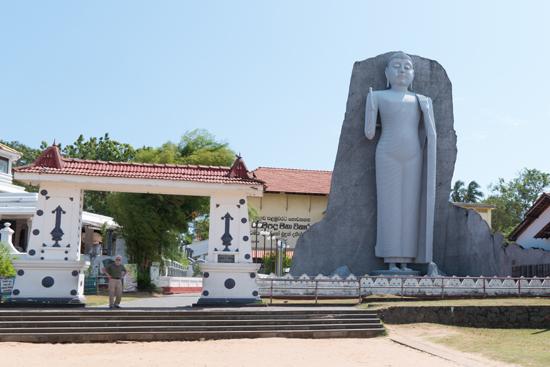Dondra Devalaya - tempel Enorm Boeddha beeld-0690